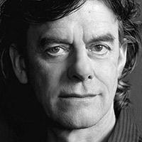 alt Professor, Aslan | Tom McCamus
