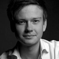 alt Associate director | Oli Rose