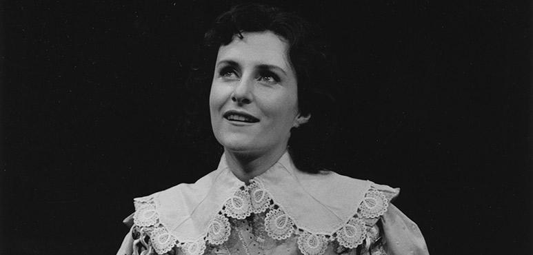 Twelfth Night, 1985. Seana McKenna as Viola. Photograph by David Cooper.