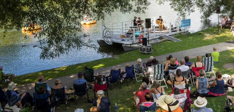 Archival shot of a performance on the Avon river in Stratford