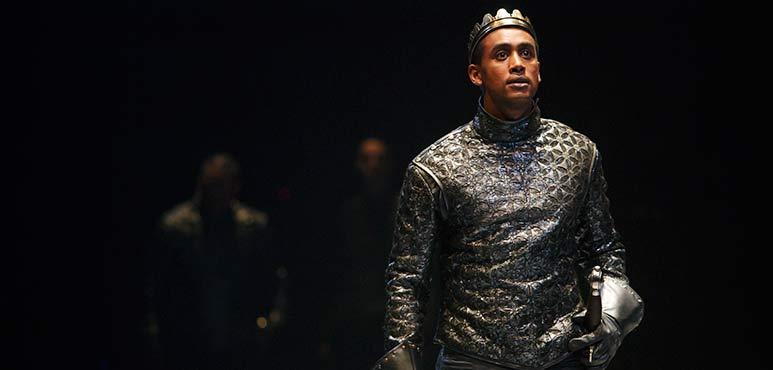 Araya Mengesha as King Henry V. Photography by David Hou.