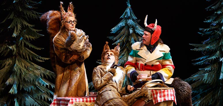 Andrew Robinson (centre) as Fox with Rosemary Dunsmore and Sean Arbuckle (ensemble). Photography by David Hou.