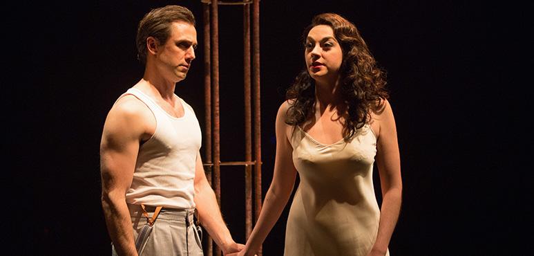 Cyrus Lane as Alsemero and Mikaela Davies as Beatrice-Joanna. Photography by Cylla von Tiedemann.