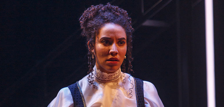 Jessica B. Hill as Bess in Mother's Daughter. Photography by David Hou.