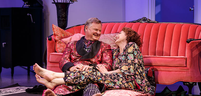 Geraint Wyn Davies as Elyot Chase and Lucy Peacock as Amanda Prynne in Private Lives. Photography by David Hou.